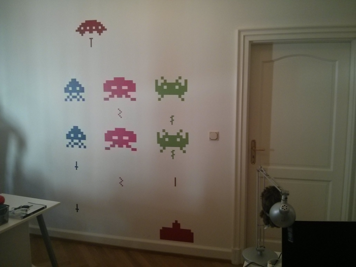 Space invader wall sticker getdigital - Space invader wall stickers ...